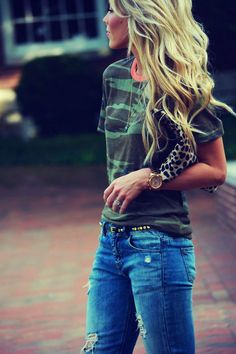 Camo tee and leopard clutch!! Love it!