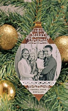 Love this holiday card used as an ornament!