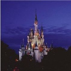 Making Magical Memories with a 4 day/ 3 night stay at Disney! Enter by 1/31/13