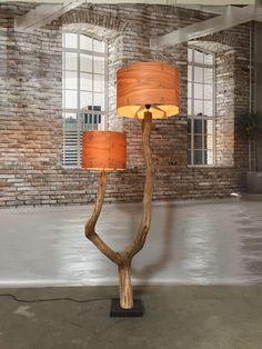lampada da terra fatta di intemperie vecchia di GBHNatureArt
