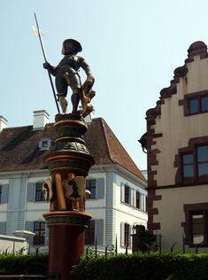 Katja Schmitt | A Day Trip to Basel | Tagestour nach Basel | Martinskirchplatz