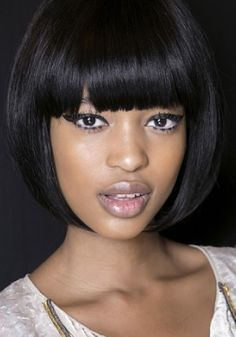 Flaunt blunt bangs with these 60s inspired eyes.