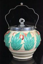 ART DECO CLARICE CLIFF CELTIC LEAF BERRY STAFFORDSHIRE WILKINSON BISCUIT BARRE