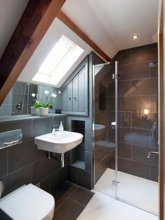 Modern Attic Bathroom Design Ideas Modern Attic Bathroom Design Ideas - Frameless shower enclosure in gable roof loft conversion. Loft Bathroom, Upstairs Bathrooms, Bathroom Interior, Small Bathroom, Bathroom Ideas, Shower Ideas, Bathroom Faucets, Barn Bathroom, Bathroom Cabinets