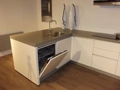 Afbeeldingsresultaat voor u keuken met schiereiland Decor, Kitchen Island, House, Interior, Restaurant, Kitchen Cabinets, Cabinet, Home Decor, Kitchen