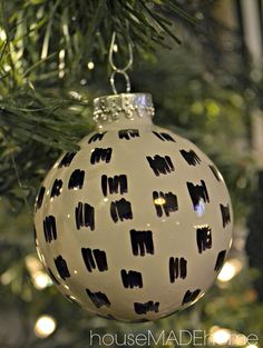 House Made Home: DIY | Les Touches Black & White Sharpie Ornaments
