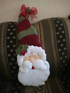 Santa Decorations, Throw Pillows, Halloween, Christmas, Feltro, Wreaths, Christmas Door, Pink Out, Holiday Ornaments