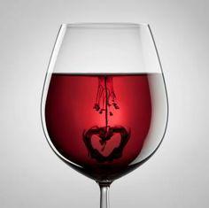 Best Wines For Valentine's Day Dinner Valentines Day Wine, Happy Valentines Day, Pierre Dac, National Drink Wine Day, Wine Lovers, Traveling Vineyard, Wine Dinner, In Natura, Wine Art