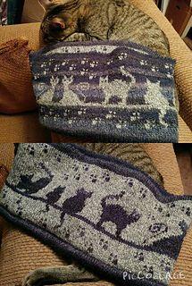 Ravelry: Herding Cats Stranded Cowl pattern by Karen Buhr