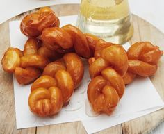 MasterChef SA koeksisters is the perfect recipe with water. Find these and other water recipes on EatOut Water Recipes, New Recipes, Cooking Recipes, Favorite Recipes, Yummy Recipes, South African Desserts, South African Recipes, Indian Recipes, Master Chef