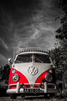 Photograph VW Transport by Eric Baak on Volkswagen Transporter, Volkswagen Bus, Volkswagen Germany, Vw T1, Carros Retro, Combi T1, Combi Split, Van Vw, Kdf Wagen