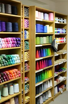 I love a wall of weaving yarn and would love to have one in a studio one day! Thread Storage, Yarn Storage, Craft Storage, Storage Ideas, Weaving Yarn, Weaving Textiles, Weaving Patterns, Space Crafts, Home Crafts