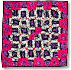 """""""Celtic Knot"""" Quilt. Curved Tubular Strip Piecing. Rita Hutchens. Quilts and patterns: www.etsy.com/shop/TubularStripPiecing"""