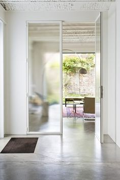 pantry, more classic style frosted glass House Doors, House Entrance, City Living, Home And Living, Home Budget, Steel Doors, Windows And Doors, Exterior Design, Interior Inspiration