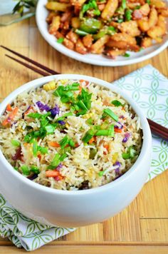 Restaurant style flavorful and tasty veg fried rice!  Recipe @ http://cookclickndevour.com/restaurant-style-vegetable-fried-rice-recipe  #cookclickndevour #recipeoftheday #vegan #streetfood