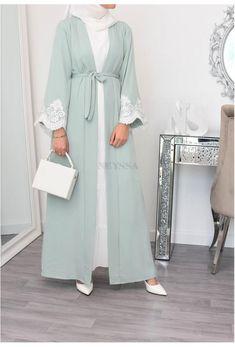 Hijab Style Dress, Modest Fashion Hijab, Hijab Chic, Abaya Fashion, Muslim Fashion, Mode Abaya, Mode Hijab, Look Kimono, Velvet Dress Designs