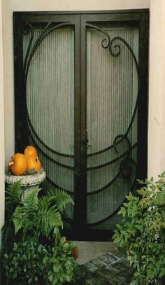 This needs to be my new front door! Main doors in back should be green to pop against the grey and white house. Grand Entrance, Entrance Doors, Doorway, Cool Doors, Unique Doors, Exterior Design, Interior And Exterior, Porches, Art Nouveau