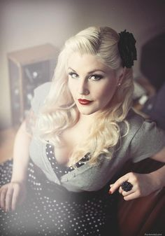 #vintage hair. For wedding maybe?