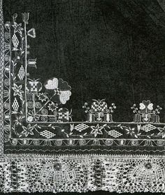 Moravian embroidered and laced apron border