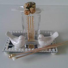 64 Ideas for diy bathroom decorating creative Diy Interior, Interior Livingroom, Room Interior, Interior Design, Diy Baby Gifts, Winter Home Decor, Diy Wedding Favors, Summer Diy, Kitchen Art