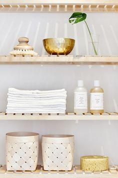 Shelves with light | Fantastic Frank [Original post in Swedish]