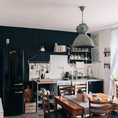 71 besten wohnen im industrie stil bilder auf pinterest anh nger beleuchtung eiche holz und holz. Black Bedroom Furniture Sets. Home Design Ideas