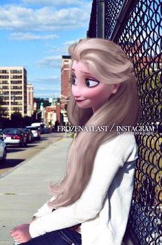 Image in ☪ queen elsa ☪ collection by graciela Modern Day Disney, Disney Love, Modern Princess, Ice Princess, Elsa Frozen, Disney Frozen, Elsa Moderna, Disney Adoption, Princesas Disney Dark