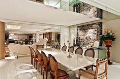 Salas de jantar com cadeiras cl�ssicas   veja modelos lindos com essa tend�ncia!