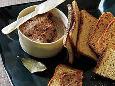 This pared-down pâté is based on liverwurst. Use Usinger's or Schaller & Weber brand liverwurst for best results. Light Appetizers, Quick Appetizers, Thanksgiving Appetizers, Holiday Appetizers, Thanksgiving Recipes, Appetizer Recipes, Party Appetizers, Appetizer Ideas, Holiday Recipes