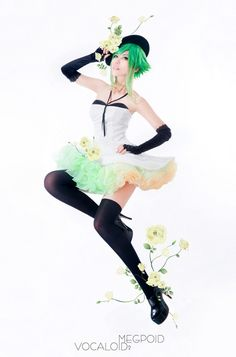 GUMI [VOCALOID] * I WANT THIS DRESS SO MUCH. ;A;