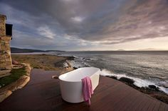 Top 13 Airbnb Vacation Rentals In Swansea, Tasmania, Australia - Updated 2020 Outdoor Bathtub, Outdoor Bathrooms, Cabana, Stone Tub, Airbnb House, Hotel Airbnb, Retreat House, Bell Tent, Australian Homes