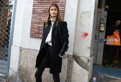 http://media.vogue.com/r/h_2000,w_1640/2016/03/03/31-fw-street-style-day-1-fw16.jpg