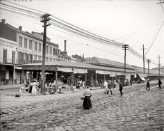 A photograph of the French Market in New Orleans, 1910. This photo was taken at N. Peters and Decatur streets. Date1910 SourceDetroit Publishing Co.