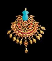 Lot : PENDENTIF INDIEN | Dans la vente Arts d'Orient, Tableaux Orientalistes à Tajan