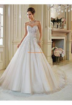 Robe de mariée sans manches dos nu col en coeur princesse