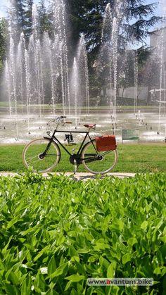 Bicicleta clasica Velo-ce Dandy con alforja de cuero FSBike modelo Business Ride Premium de avantumcompanystore.com.es