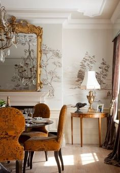 Classic dining room by www.skiinteriors.ie