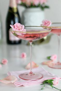La Fleurette cocktail will have you dreaming of spring. Champagne combined with floral flavors makes a drink worth sharing!