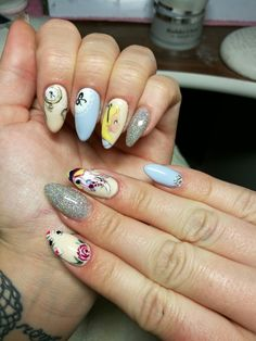 Alice in wonderland nails /Hullár Aliz/