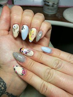 Alice in wonderland nails /Hullár Aliz/
