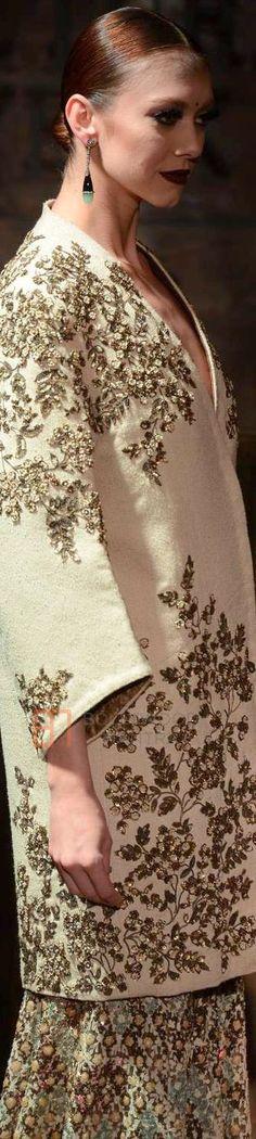 Sabyasachi Mukherjee at Amazon INDIA Couture Week 2015 ♕♚εїз   BLAIR SPARKLES  