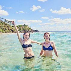 À l'international - Ginny Weasley à la plage! | HollywoodPQ.com