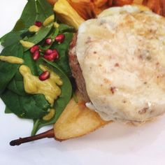 #foodporn #food #recipe #burger #pear #cheese