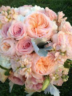 Wedding bouquet soft pinks.