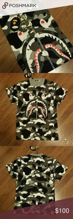 da4a7a3a A Bathing Ape T-Shirt BAPE Shark Size Large Authentic A Bathing Ape BAPE  Shark