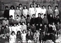 Los niños de la escuela en los años 40