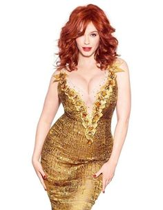 As a curvy Girlie-Girl Redhead, Christina Hendricks is one of my favorites cause I can relate to her so easily. Beautiful Redhead, Beautiful People, Beautiful Women, Beautiful Christina, Beautiful Celebrities, Beautiful Curves, Nice Curves, Natural Redhead, Naturally Beautiful