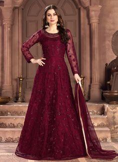 Long Anarkali Gown, Floor Length Anarkali, Bridal Anarkali Suits, Lehenga Gown, Indian Lehenga, Abaya Style, Salwar Kameez, Patiala Suit, Art Marron
