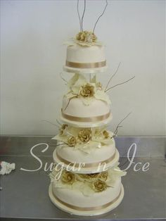 sugar and ice wedding cakes 1000 images about wedding cakes ivory gold on 20563