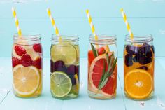 fruit infused water recipes from Kayla Itsines Kayla Itsines, Healthy Water, Healthy Drinks, Healthy Snacks, Stay Healthy, Healthy Fruits, Healthy Eating, Healthy Recipes, Healthy Nutrition